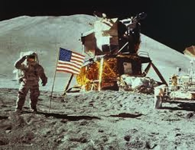 apollo 11 flag
